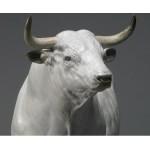 Как украсить елку в 2021 году белого металлического быка